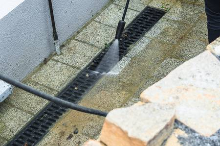high-pressure water jet channel cleaning